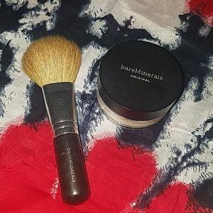 bareMinerals brush & foundation
